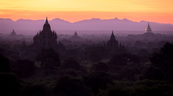 early morning over the plains of Bagan